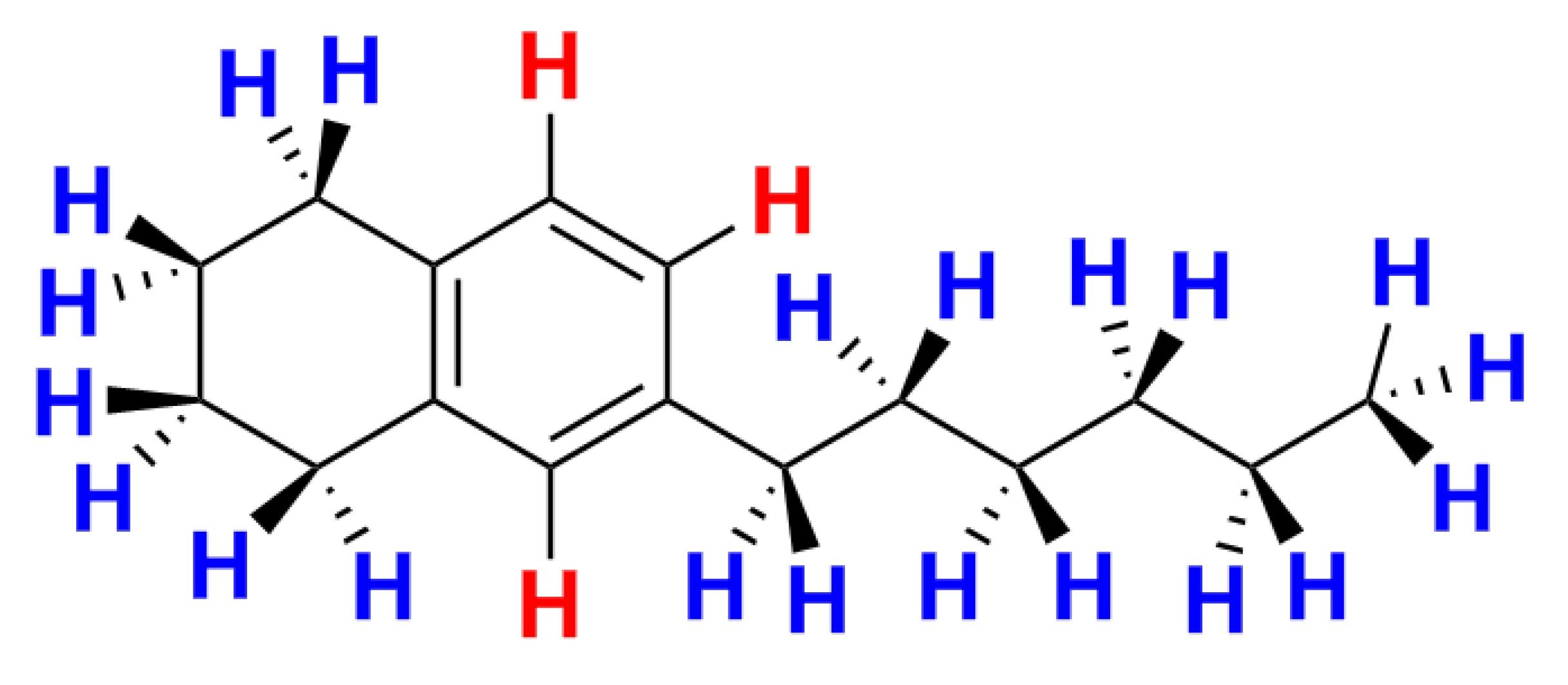 Abbildung der Strukturformel einer beispielhaften MOAH–Verbindung mit rot und blau markierten Wasserstoffatomen entsprechend ihrer Position am Molekülgerüst.